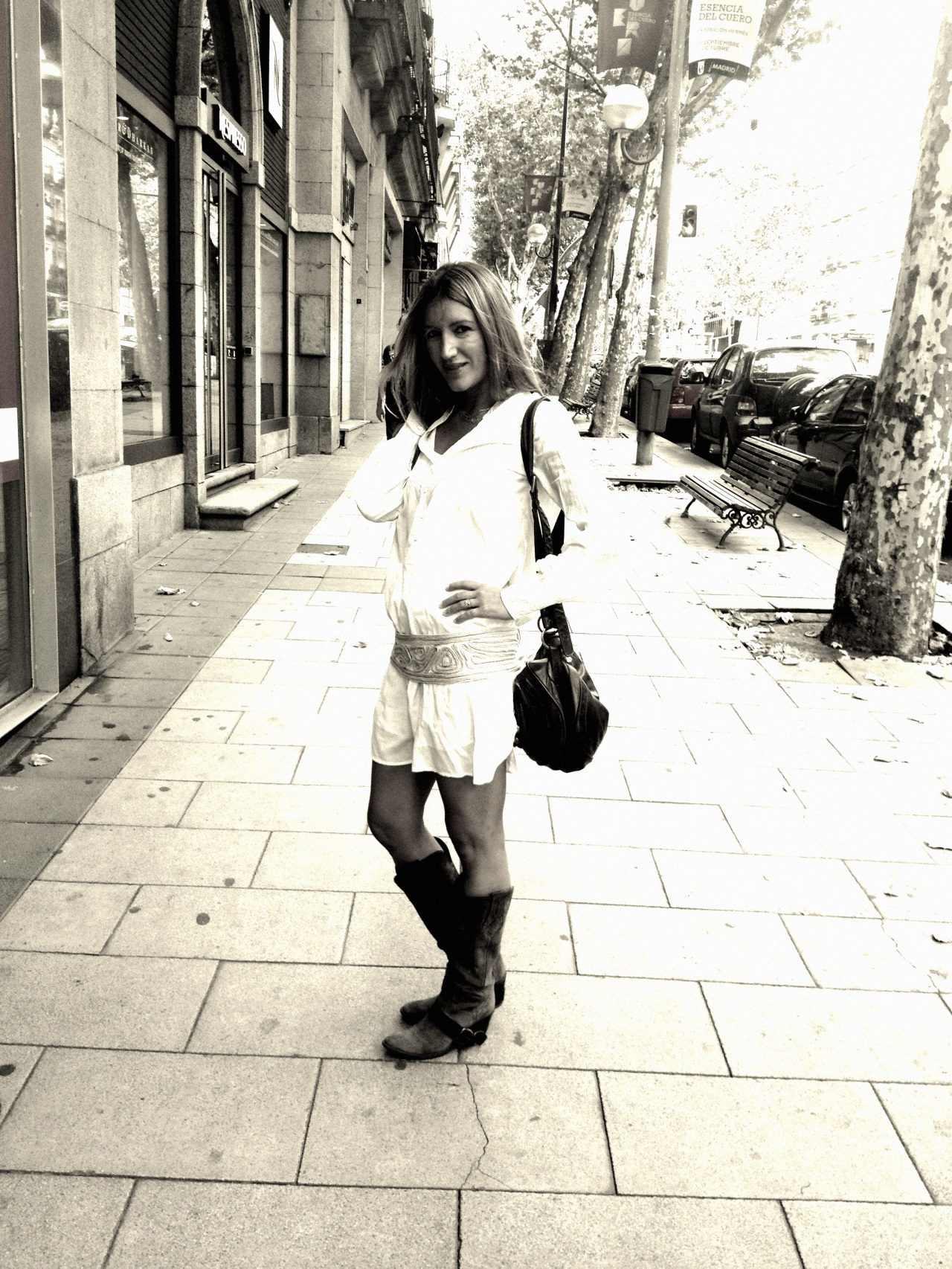 botas y vestido